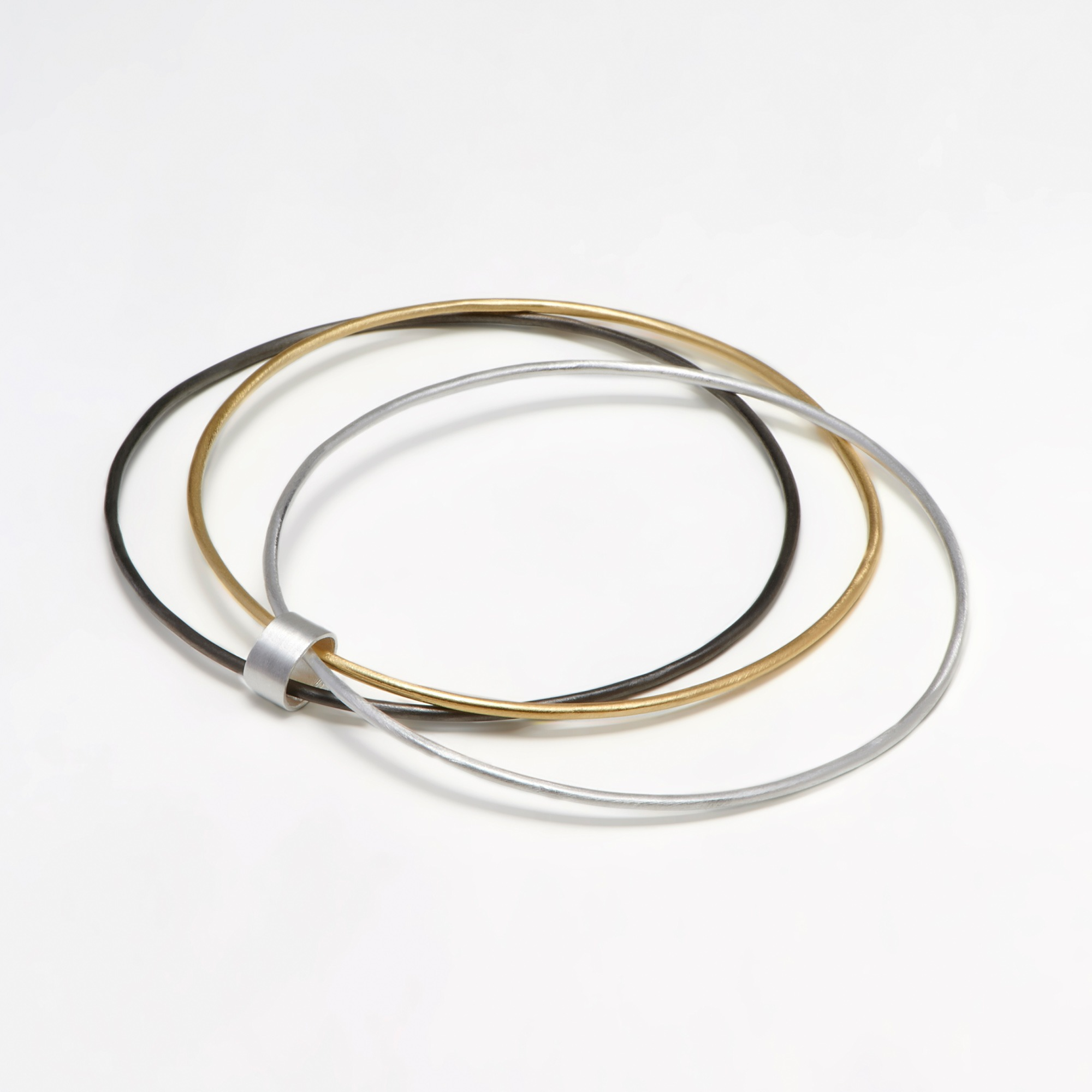 300-03 Cora bangles βραχιόλι ασήμι - επίχρυσο - μαύρο